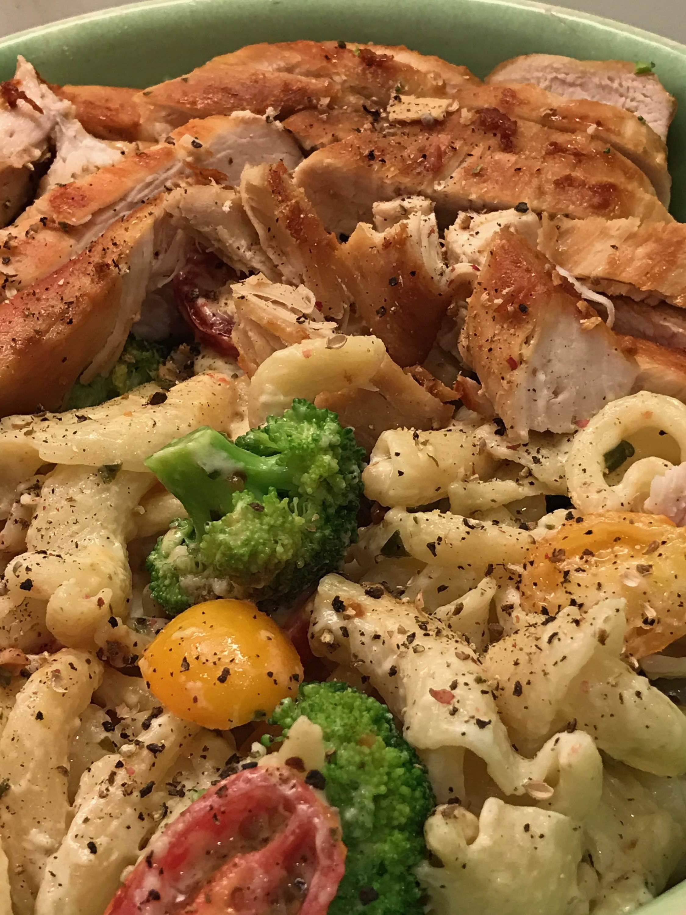 Doe S And Diva S Version Of Chicken Mac Cheese